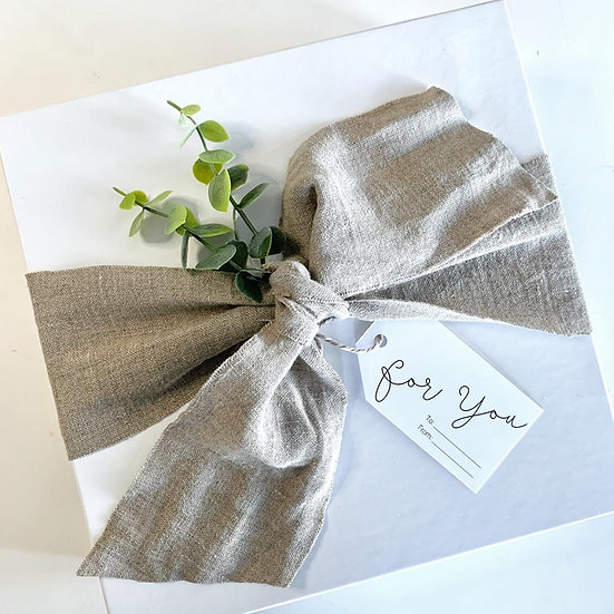 """White Deluxe Cardboard Gift Box - 10"""" 2 piece"""