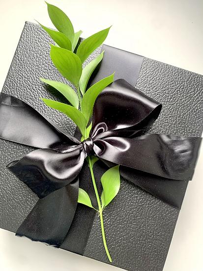 "Black Deluxe Cardboard Gift Box - 9"""
