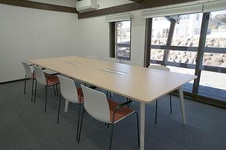 会議室1-1.jpg