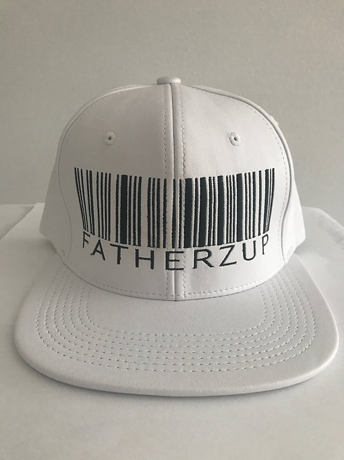 WHITE AND BLACK LEATHER  SNAPBACK