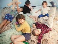 5-criancas-brincando-dentro-da-barraca.jpg