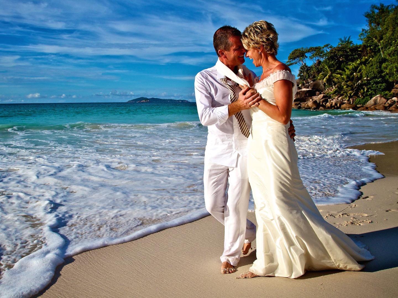 excellent photographe aux seychelles levy laurent mahe praslin la digue