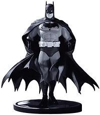 batman-statuetta-sito.jpg