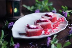 dragon fruit cake