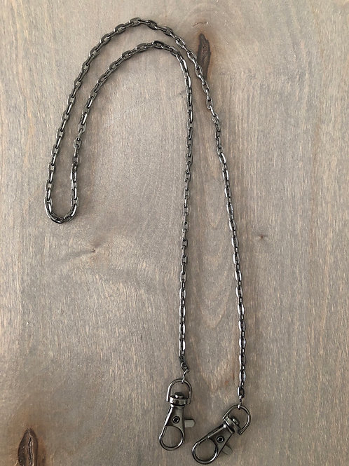 Chain Link Mask Holder in Gunmetal