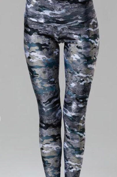 Onzie High Rise Legging in Marble Camo