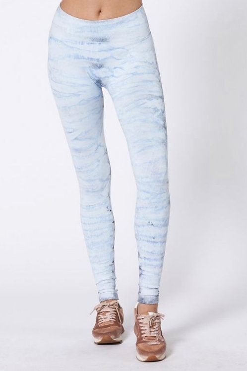 Nux Mesa Legging Hand Dyed in Sky High Ripple