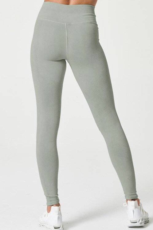 Nux One by One Legging in Hidden Green