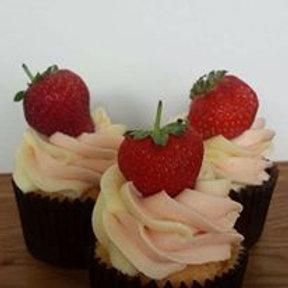6 Strawberry Cupcakes