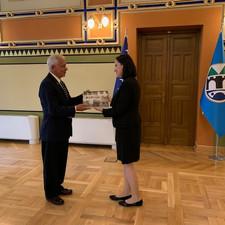 Perry Baltimore and Mayor of Sarajevo, Benjamina Karic