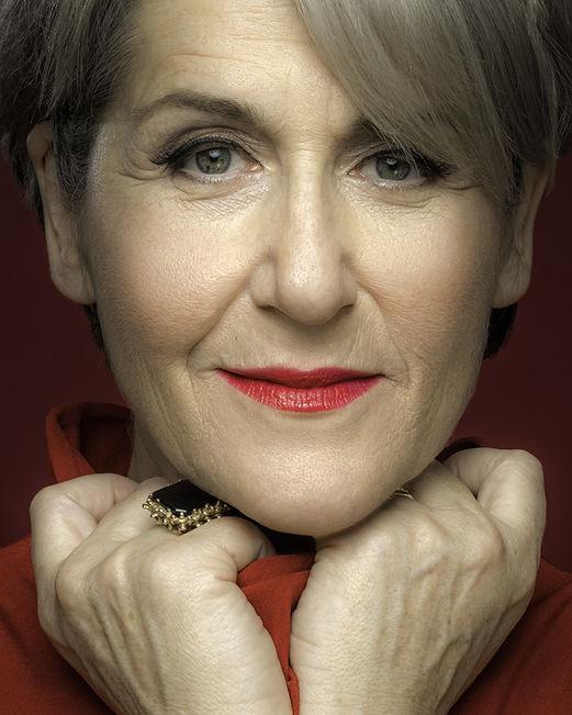 Theresa Tova Headhsot.jpg