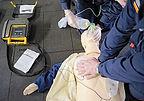 defibrilateur-massage-cardiaque-2010-012