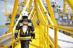 Fire fighter on oil and gas industry, su
