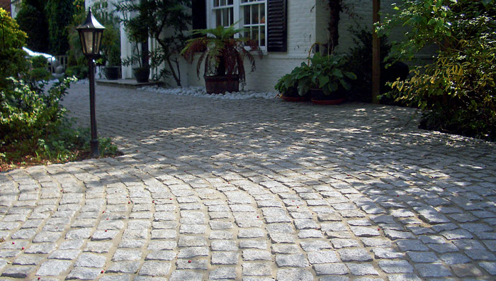 fairstone-cropped-granite-setts_1_hr.jpg