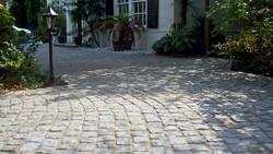 fairstone-cropped-granite-setts_1_hr.jpg