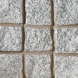 fairstone-cropped-granite-setts-silver-grey.jpg