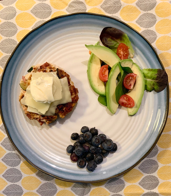 Keto Dinner, Meal #2: Turkey Burger with Avocado Salad and Blueberries