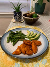 Keto Dinner, Meal #14: Hot Chicken with Sautéed Asparagus & Avocado