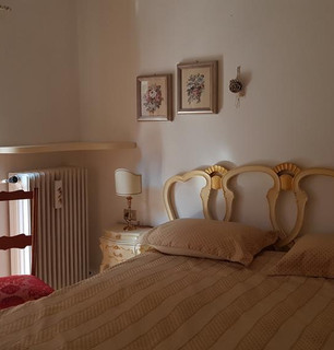 Appartamento su due piani - Branzi, via Zappello