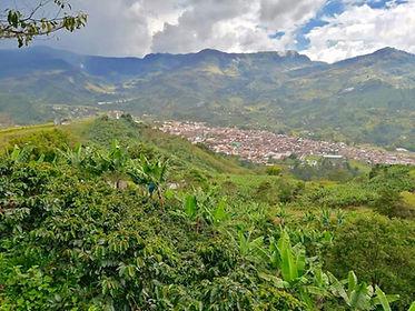Dorf bei Medellin - Jardín 2.jpg