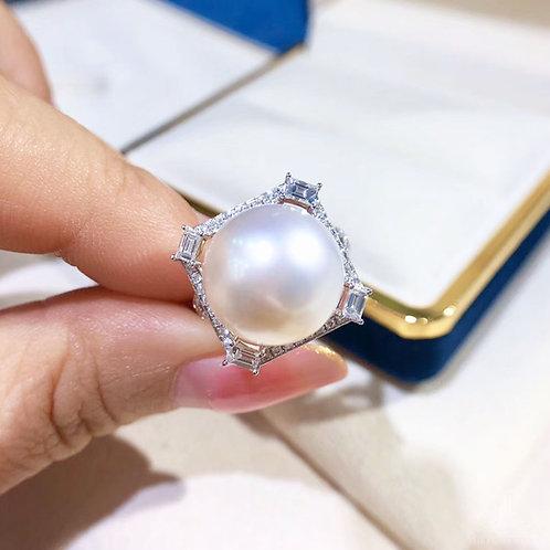 0.59ct Diamond, AAAA 13-14 mm South Sea Pearl Luxury Ring 18k Gold