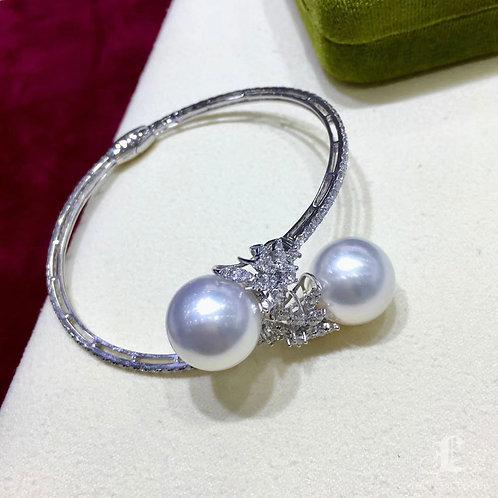 14-15 mm South Sea Pearl Adjustable Bracelet, 18k Gold w/ Diamond - AAAA