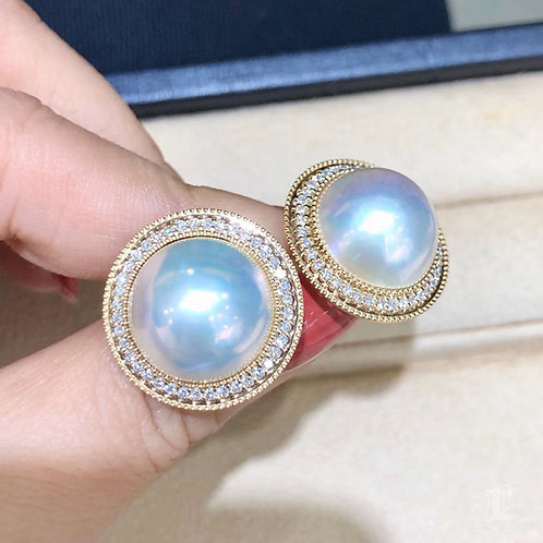 0.88ct Diamond Aurora 14-15 mm Mabe Pearl Earrings 18k Gold