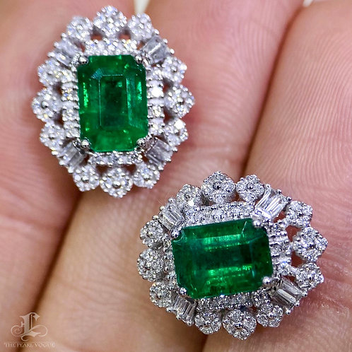2.50 ct Natural Emerald Earrings 18k Gold w/ Diamond