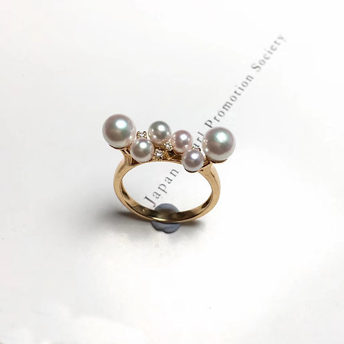 AAAA 4-6mm Baby Akoya Pearl Ring, 18k Gold w/ Diamond