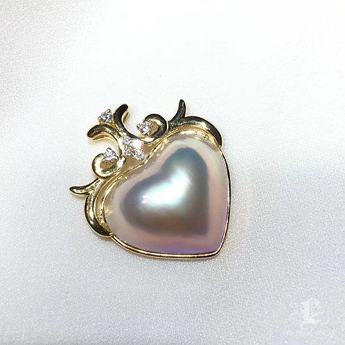 21 mm  Mabe Pearl Heart Pendant 18k Gold w/ Diamond - AAAA
