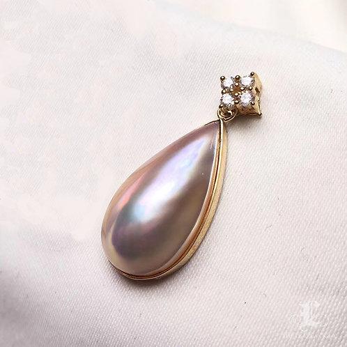 10.3 x 20.7 mm Mabe Pearl Drop Pendant, 18k Gold w/ Diamond - AAA