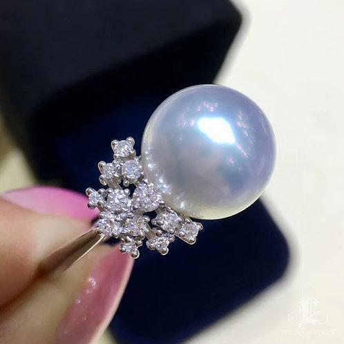 0.65ct Diamond AAAA 12-13mm White South Sea Pearl Ring 18k Gold
