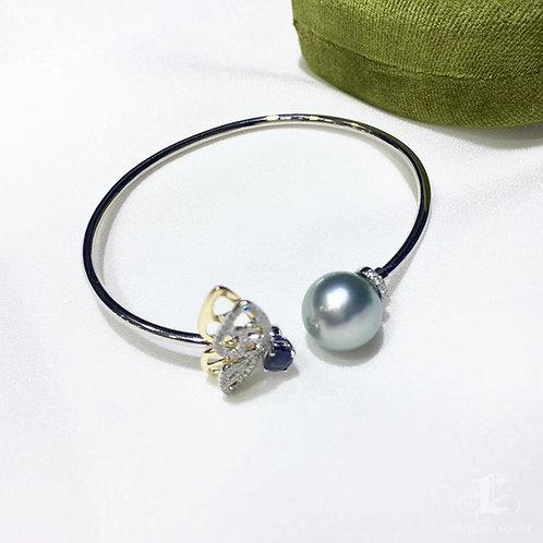 0.50ct Sapphire AAAA 11-12 mm Tahitian Pearl Adjustable Bracelet 18k Gold