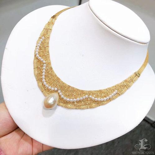 AAAA 13-14 mm Golden South Sea Pearl Bib Necklace 18k Gold w/ Akoya Pearls