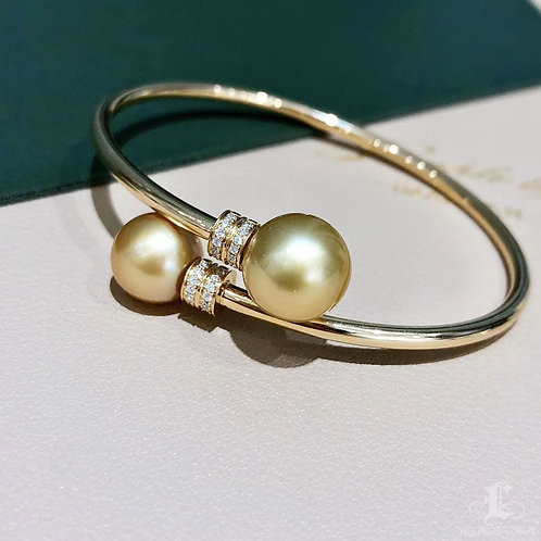 AAAA 10-12 mm Golden South Sea Pearl Adjustable Bracelet, 18k Gold w/ Diamond
