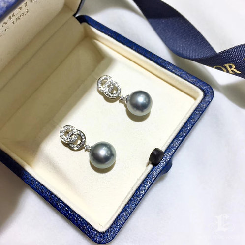 0.22ct Diamond AAAA 10-11mm Tahitian Pearl Earrings, 18k White Gold