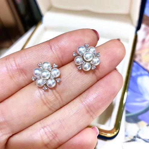 0.30 ct Diamond, AAAA 4-4.5 mm Akoya Pearl Earrings 18k Gold