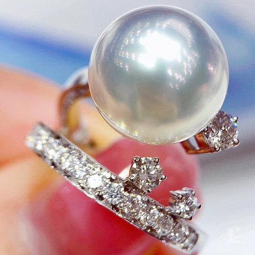 0.73 ct Diamond, AAAA 12-13 mm South Sea Pearl Luxury Ring 18k Gold