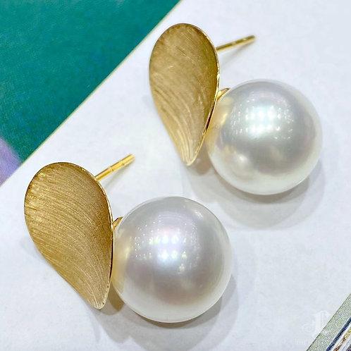 AAAA 11-12 mm South Sea Pearl Fashion Earrings 18k Gold