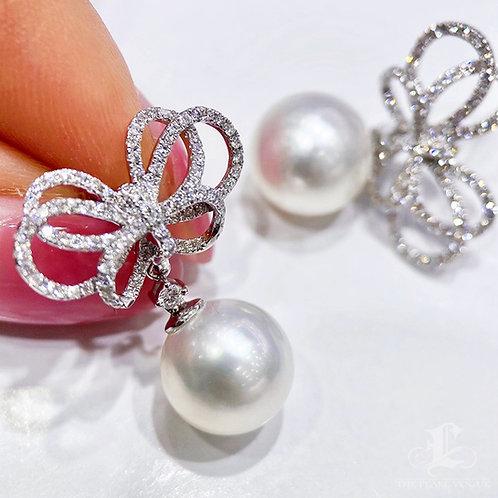 0.76 ct SI Diamond, AAAA 10-11 mm South Sea Pearl Bow Earrings 18k Gol