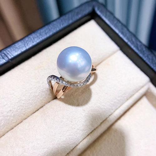 0.27 ct Diamond, AAAA 11-12 mm South Sea Pearl Luxury Ring 18k Gold