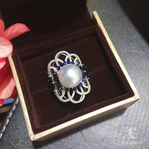 AAAA 12-13mm White South Sea Pearl Luxury Ring, 18k Gold w/ Diamond