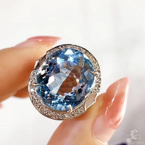10.45 ct Santa Maria Aquamarine Ring 18k Gold Diamond