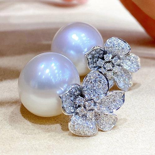 0.92 ct Diamond, AAA 14-15 mm South Sea Pearl Earrings 18k Gold