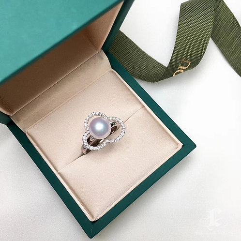 8.5-9mm Akoya Pearl Ring 18k Gold w/ Diamond - AAAA