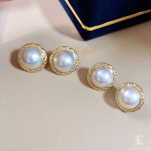 AAA 14-15 mm Mabe Pearl Classic Earrings 18k Gold