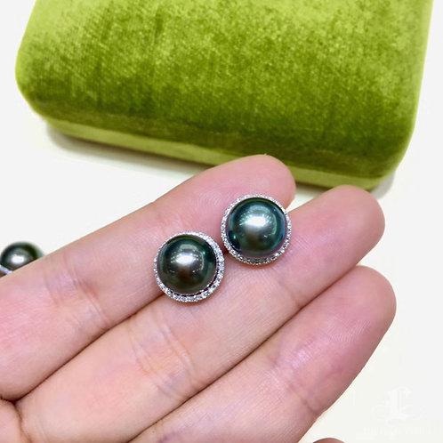 0.25ct Diamond AAAA 9-10 mm Tahitian Pearl Earrings 18k Gold