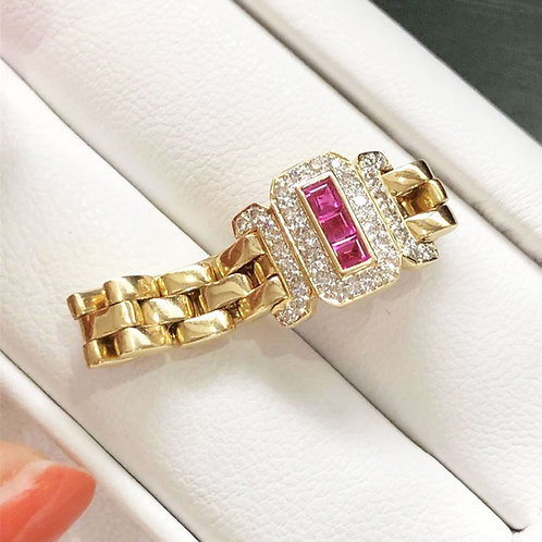 0.33ct Red Ruby Royal Ring 18k Gold Diamond