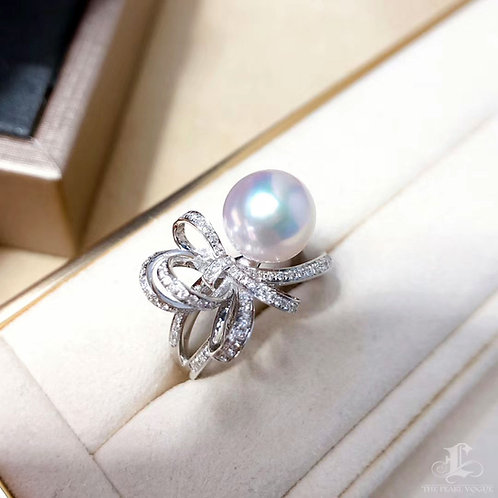 0.38 ct Diamond AAAA 8.5-9 mm Akoya Pearl Ring 18k Gold w/ Diamond