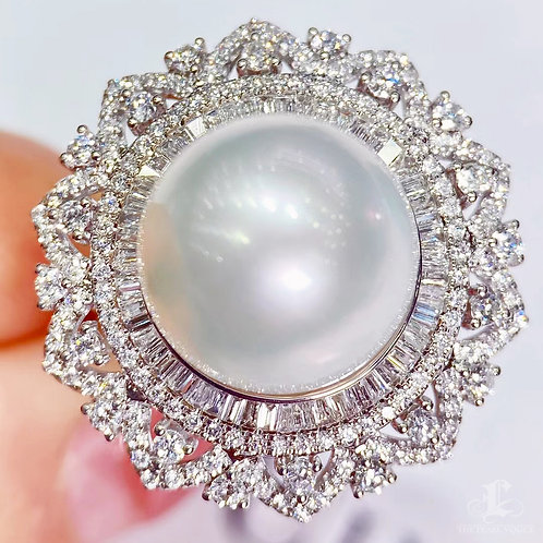 1.10 ct Diamond, AAAA 13-14 mm South Sea Pearl Luxury Ring Pendant 18k Gold